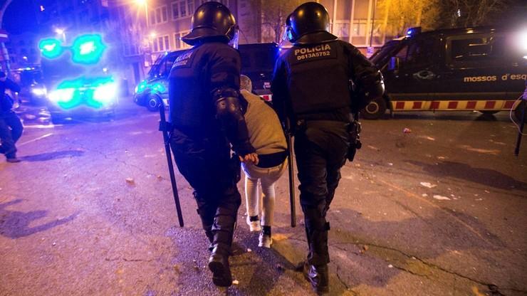 Manifestacje w Katalonii w obronie Puigdemonta. 52 osoby zostały ranne