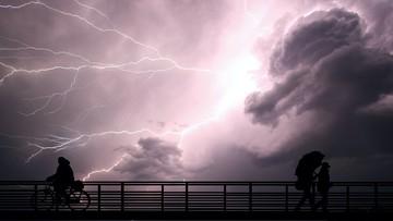 Wtorek pod znakiem burz. Uwaga na silny wiatr