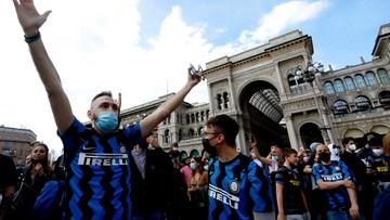 Kibice Interu świętują w Mediolanie. Tłumy jak przed pandemią