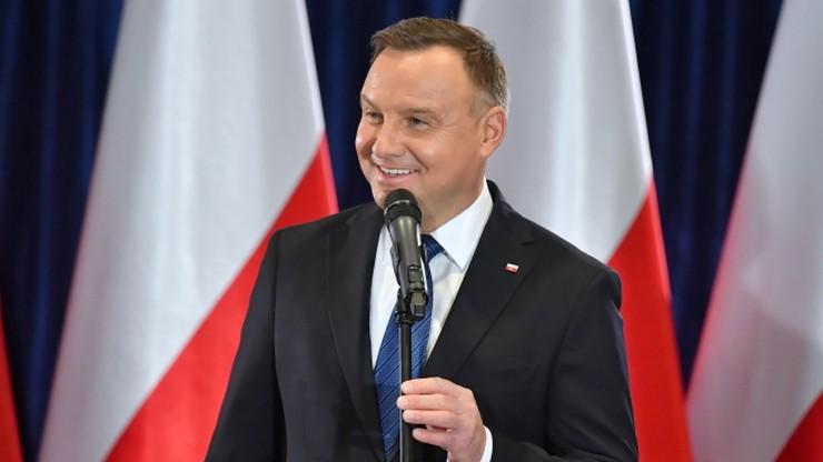 Ponad 5 tys. podpisów pod wnioskiem do PKW o rejestrację komitetu Andrzeja Dudy