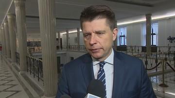 Petru: na zakazie handlu w niedziele w Polsce zyskują niemieckie sklepy