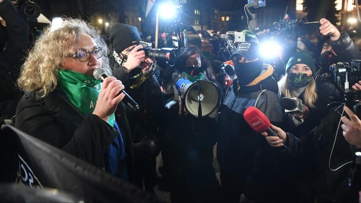Protesty po wyroku ws. aborcji. Lempart i inni strajkujący usunięci siłą