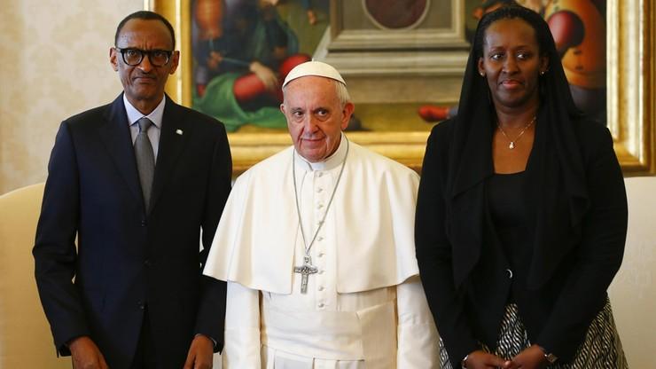 Papież przeprosił za grzechy Kościoła w Rwandzie