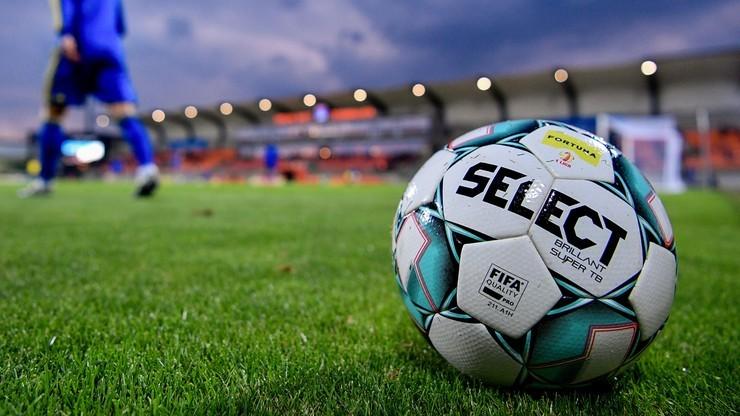 eWinner 2 liga: Wigry Suwałki - Hutnik Kraków. Relacja i wynik na żywo