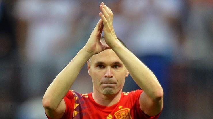 Paraolimpiada: Iniesta zagrał w piłkę dla niewidomych