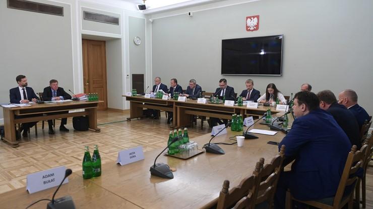Komisja śledcza ds. VAT. PO chce konfrontacji świadków