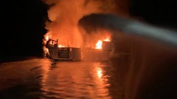 """Pożar statku u wybrzeży Kalifornii. """"Wiele ofiar śmiertelnych"""""""