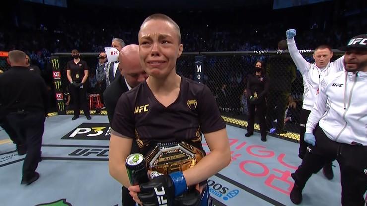 UFC 261: Rose Namajunas mistrzynią UFC! Weili Zhang znokautowana efektownym high kickiem
