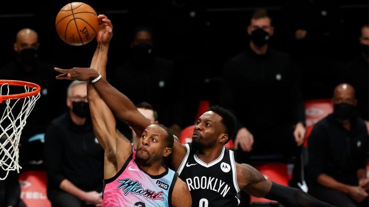 """NBA: Kibice wejdą na mecze w Miami. Warunkiem """"psia"""" kontrola"""