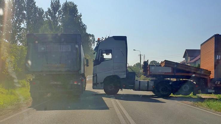 Zablokowana droga Płock-Włocławek w Nowym Duninowie
