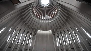 """Tłumy w Świątyni Opatrzności Bożej. """"Uczestniczymy w historycznym wydarzeniu"""""""