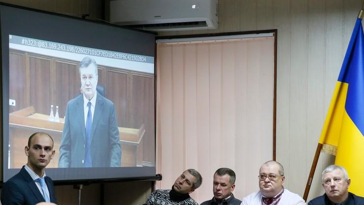 """""""Nie nakazałem użycia siły na Majdanie"""". Janukowycz zeznawał ws. śmierci cywilów"""