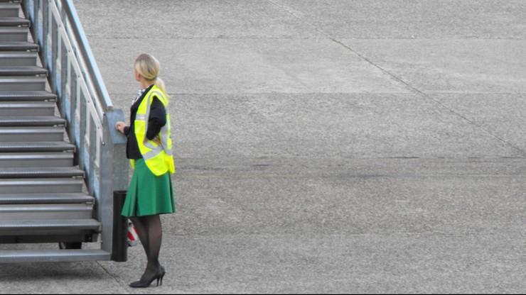 Stewardessa dorabiała jako prostytutka w toalecie
