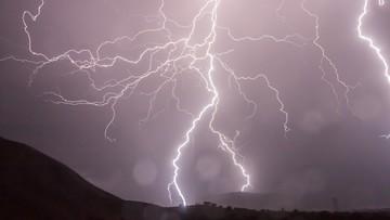 IMGW ostrzega: silny deszcz i burze możliwe na południu Polski