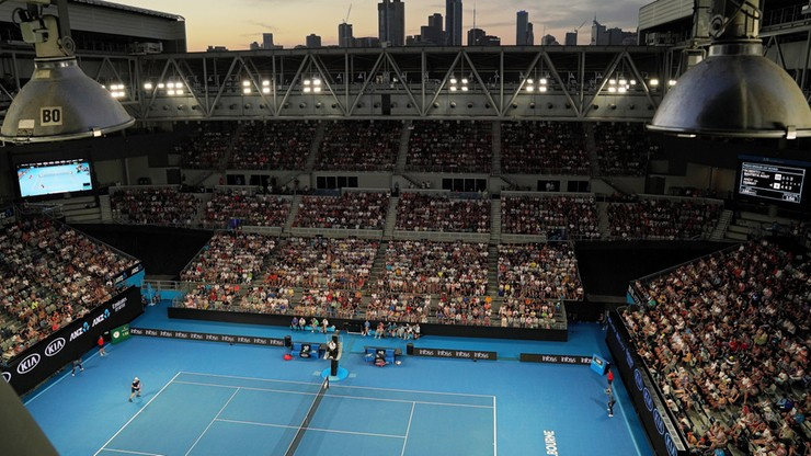 Australian Open: Czworo Polaków zagra we wtorek, Linette na korcie centralnym