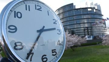 Europosłowie za zniesieniem zmiany czasu w UE
