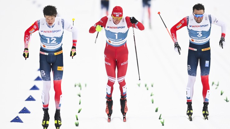 MŚ Oberstdorf 2021: Zwycięstwo Johannesa Hoesflota Klaebo w biegu na 50 km