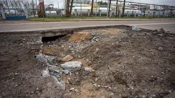 Zapadł się fragment jezdni w Płocku. To trasa do PKN Orlen