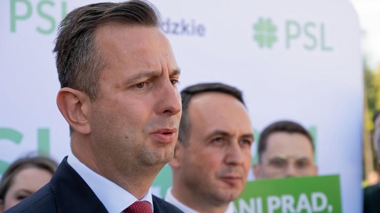 Forum Ekonomiczne w Karpaczu. Antyszczepionkowcy zaatakowali Władysława Kosiniaka-Kamysza