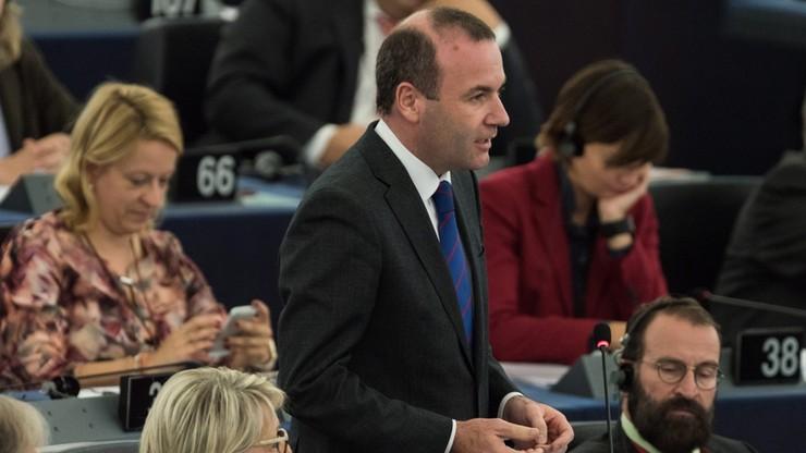 Szef chadeków w PE oskarża Kaczyńskiego o brak patriotyzmu. Odpowiedziała mu rzeczniczka PiS