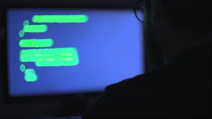 """Żaryn: hakerzy zaatakowali tysiące e-maili. """"Związek z działaniami służb specjalnych Rosji"""""""