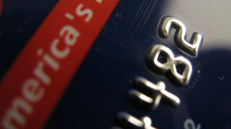 Policja rozbiła gang fałszerzy kart kredytowych. Jego boss pomagał  finansować ataki z 11 września