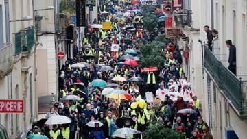 """""""Żółte kamizelki"""" maszerowały ulicami francuskich miast"""