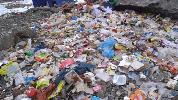 Śmieci spod K2 uprzątnięto, zanim opublikowano nagranie w sieci. Oświadczenie pakistańskiej firmy