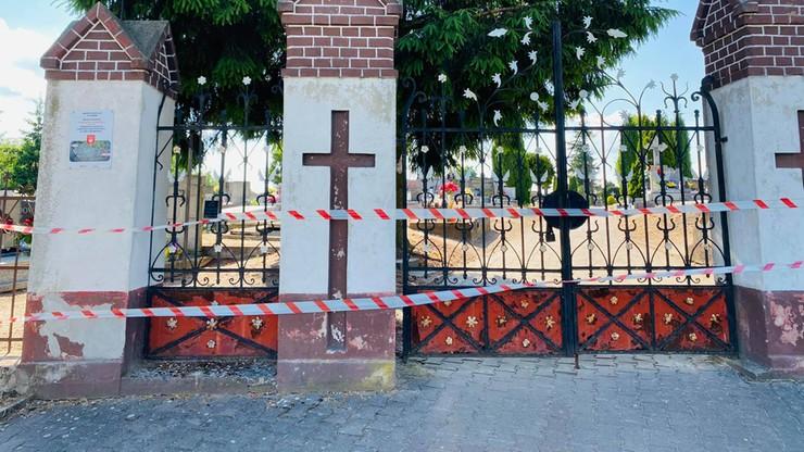 Wielkopolskie. Element grobu spadł na 5-latkę. Zamknięty cmentarz w Łopiennie
