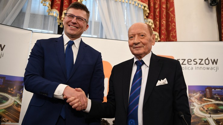 Prezydent Rzeszowa Tadeusz Ferenc zrezygnował. Zaproponował, by zastąpił go Marcin Warchoł