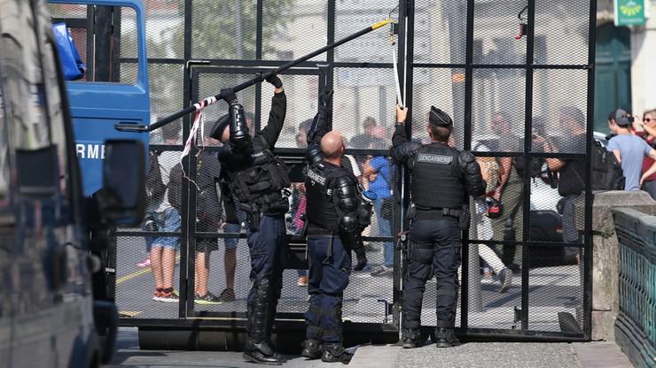 W drugim dniu szczytu G7 w rejonie Biarritz zatrzymano 19 osób