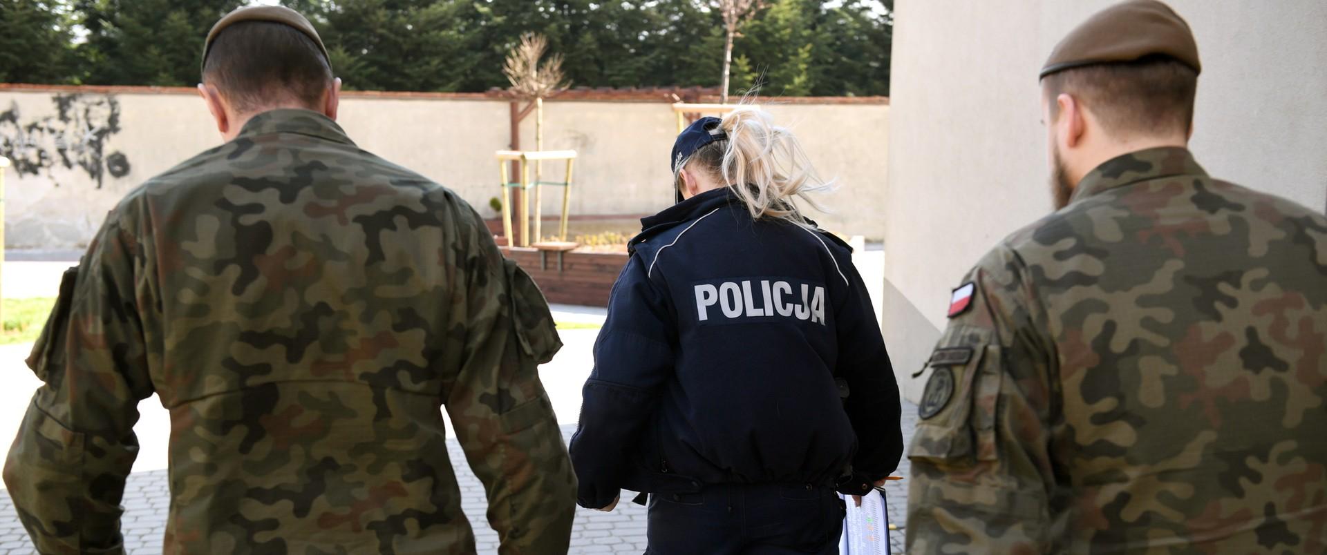 Patrol wojska i policji w czasie kwarantanny