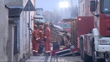 Zakończono akcję ratunkową. Pierwsi lokatorzy wracają już do sąsiednich, ewakuowanych domów