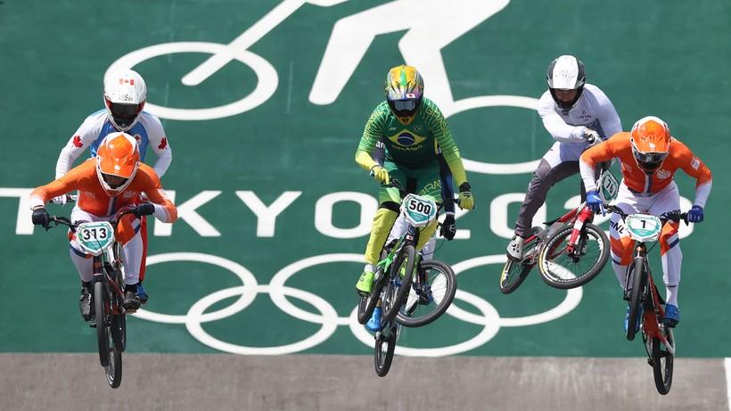 Tokio 2020: Zwycięstwo Holendra Nieka Kimmanna w kolarstwie BMX