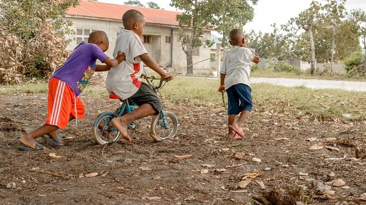 Tanzania. Prezydent o osobach z jednym lub dwójką dzieci: to lenie