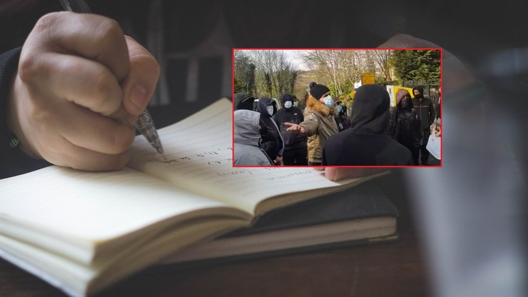 Pokazał uczniom karykaturę Mahometa. Przed szkołą zebrali się rozwścieczeni rodzice