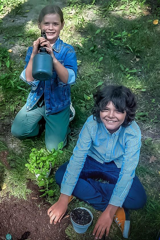 """2021-09-23 """"Dzieci na tropie prawdy"""" - odcinek 4: Domowy ogródek"""