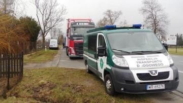 Białorusin jechał z towarem z Uzbekistanu do Belgii. We wsi Broszków dostał 14 mandatów