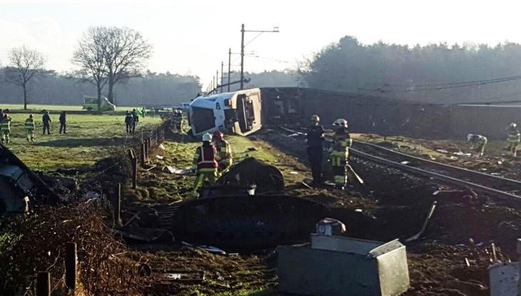 Holandia: wypadek pociągu pasażerskiego. Jedna osoba nie żyje, wielu rannych