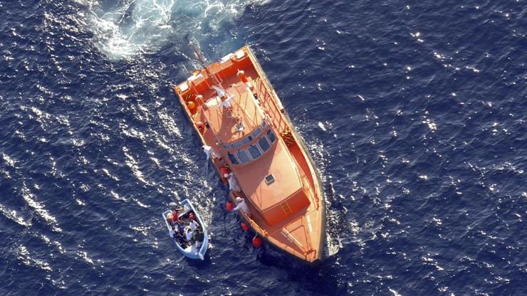 Zatonęła łódź z migrantami. 100 zaginionych