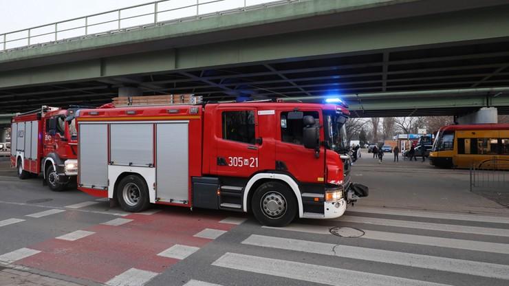 Zderzenie tramwajów w Warszawie. Do wypadku przyjechała straż, bo nie było wolnych karetek