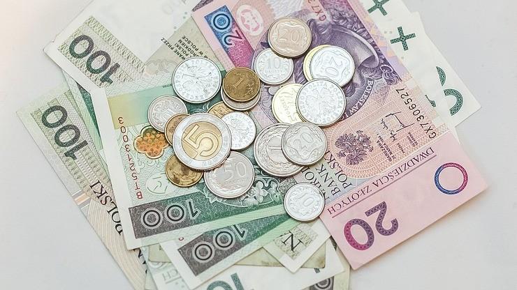 Sondaż: pracodawcy wolą podnieść wynagrodzenia, niż zwiększyć zatrudnienie