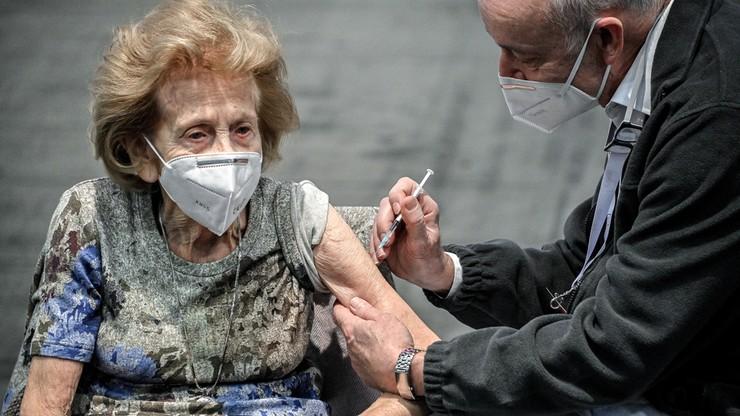Niemcy: są przypadki infekcji u osób zaszczepionych dwiema dawkami