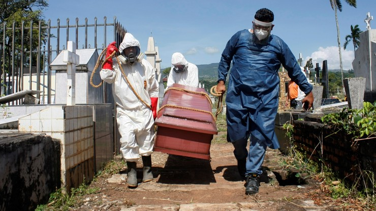 Koronawirus. Liczba ofiar śmiertelnych w USA przekroczyła 200 tys. Rekordy zakażeń w wielu krajach
