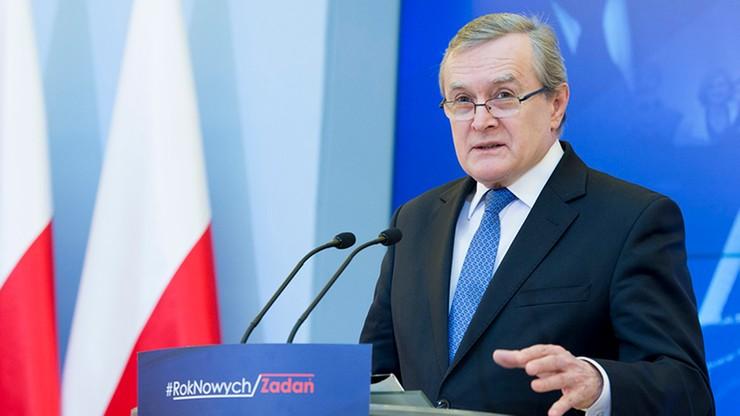 """Gliński: """"Wałęsa to taka znana na świecie Myszka Miki"""". Były prezydent odpowiada"""