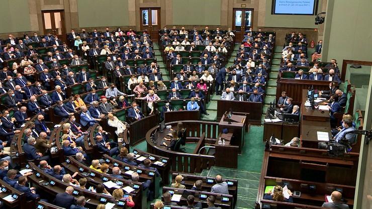 Komisja finansów publicznych poparła podwyżki dla najważniejszych osób w państwie
