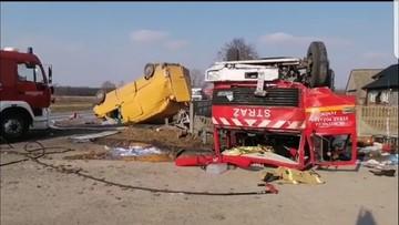 Wypadek wozu OSP. Ranni strażacy