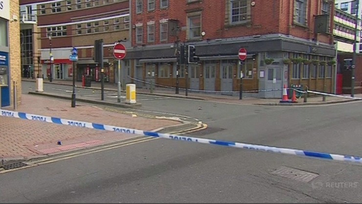 Seria ataków nożem w UK. Polska ambasada apeluje