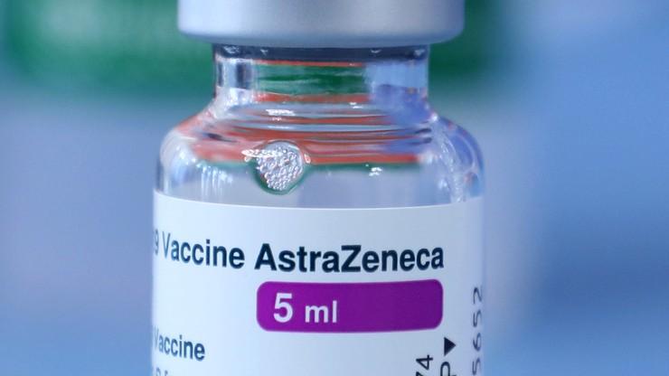 Dania nadal wstrzymuje szczepienia AstraZeneca. Badają skutki uboczne i przypadki zgonów