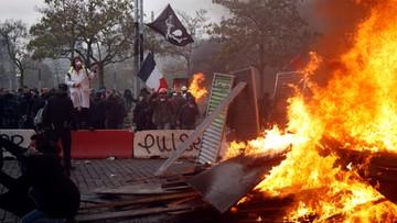 Paryż w ogniu. Starcia z policją w rocznicę protestu żółtych kamizelek